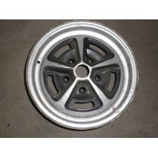 Vauxhall Ventora? 5 Stud 6Jx14 Magnum Wheel